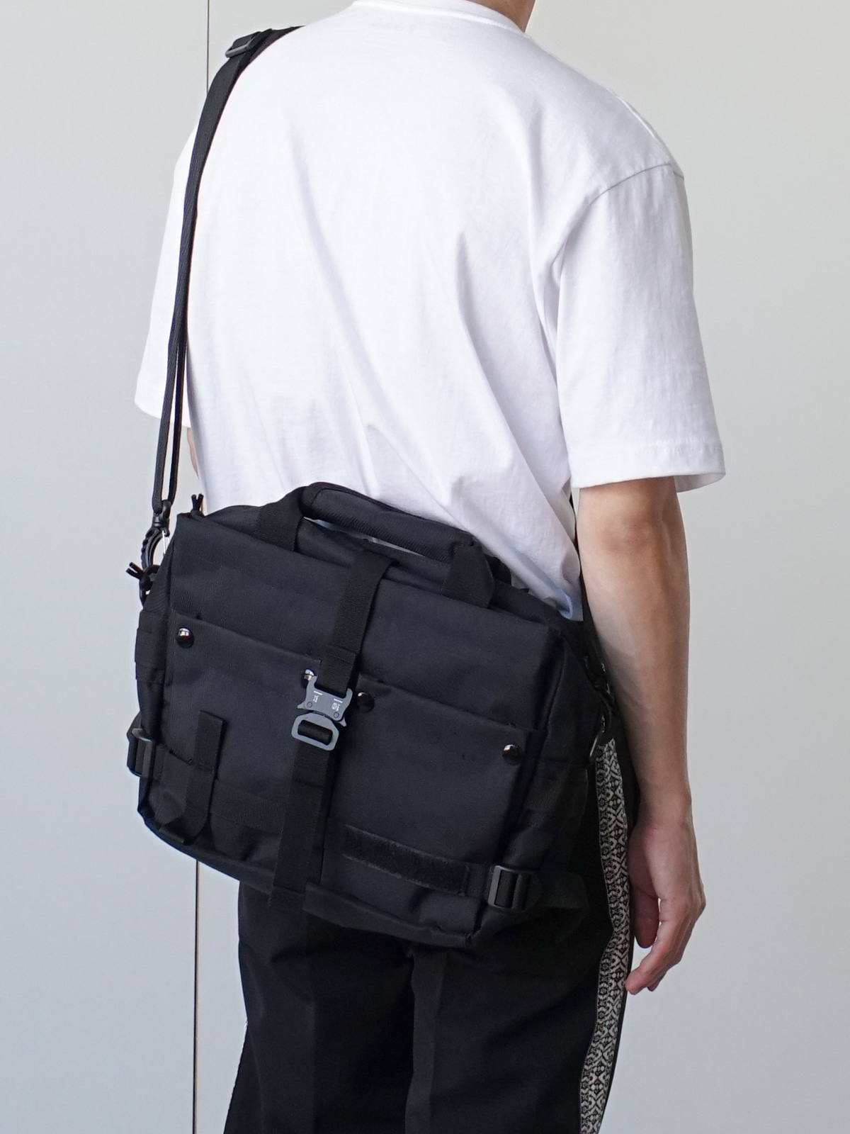 Mighty Pocket Utility Cross Bag