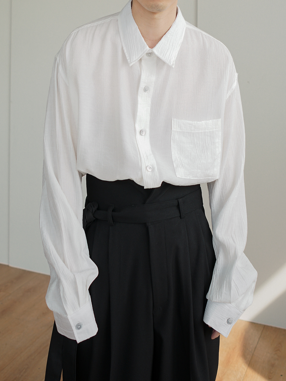 Hide Pleats Shirts (2color)