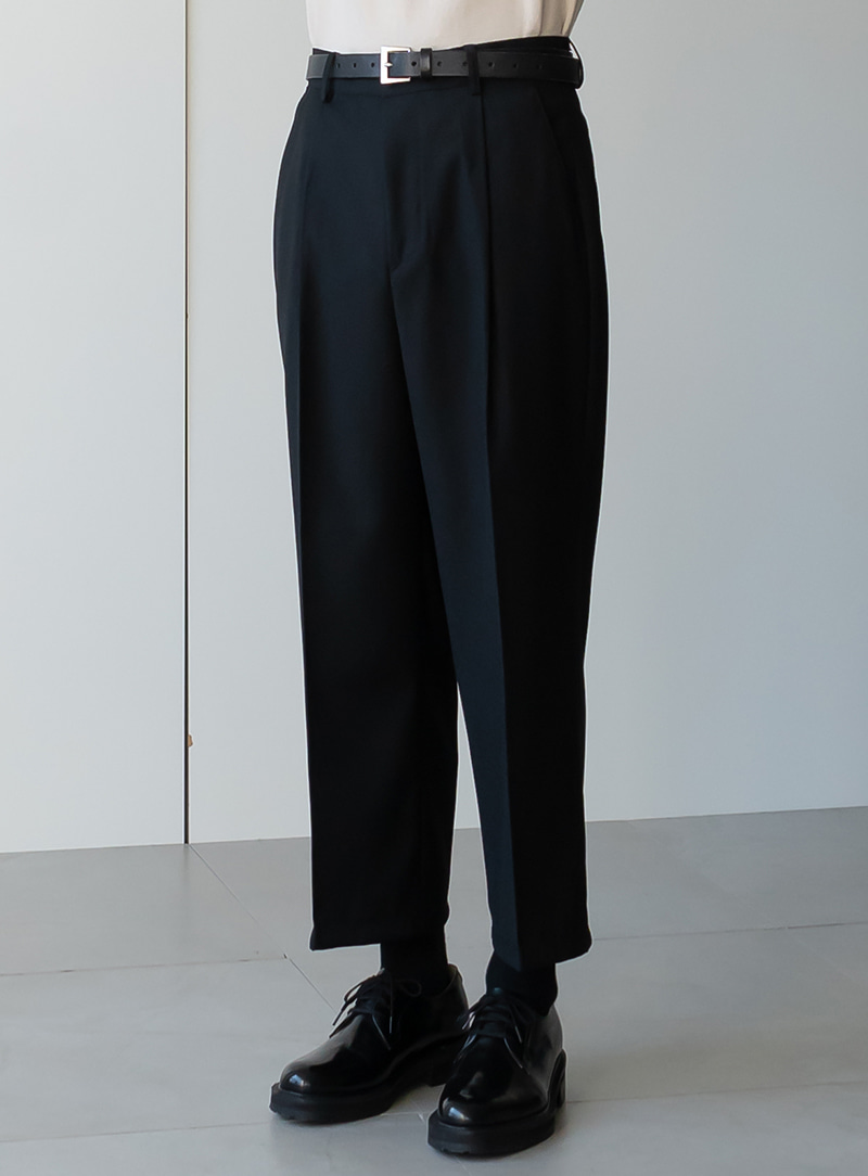One Tuck Crop Wide Trousers (2color)