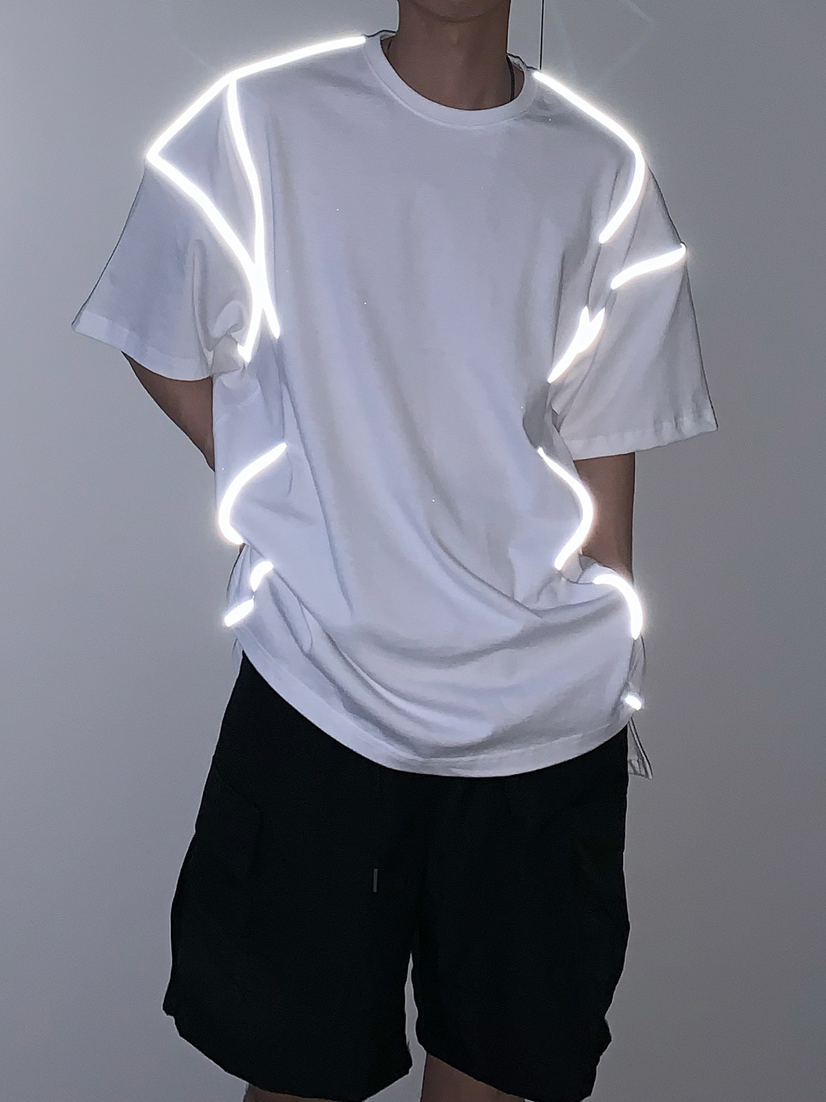 Volume Reflect Line Half Tee (2color)