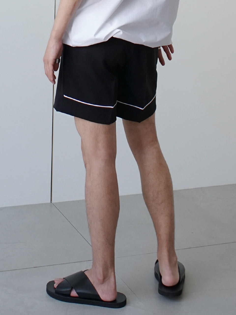 Cutti Under Line Shorts