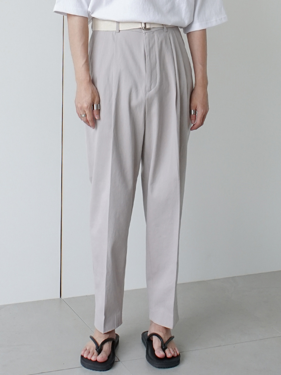 Tab Tuck Belt Trousers (2color)