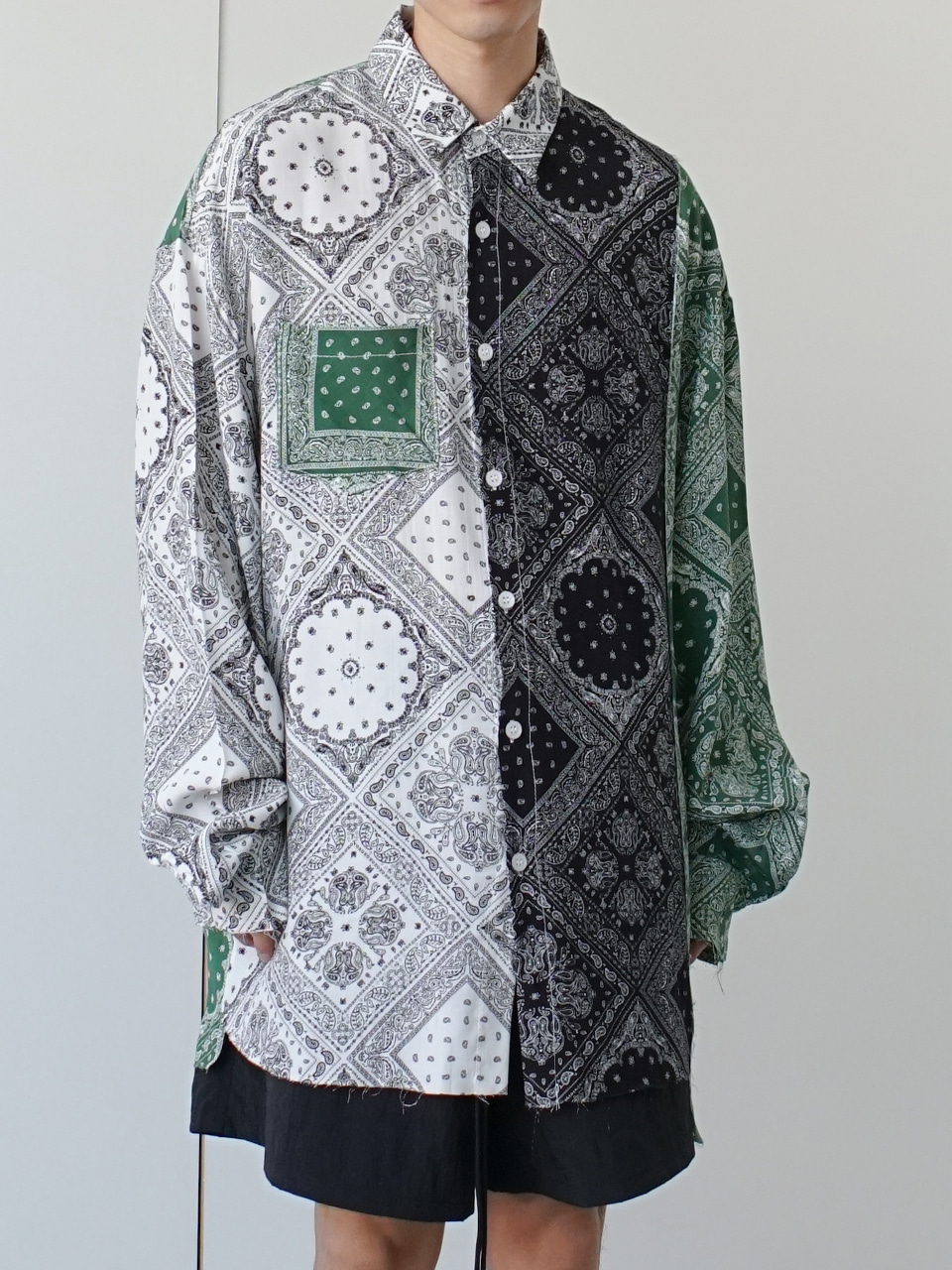 Apart Mixed Paisley Shirt (2color)