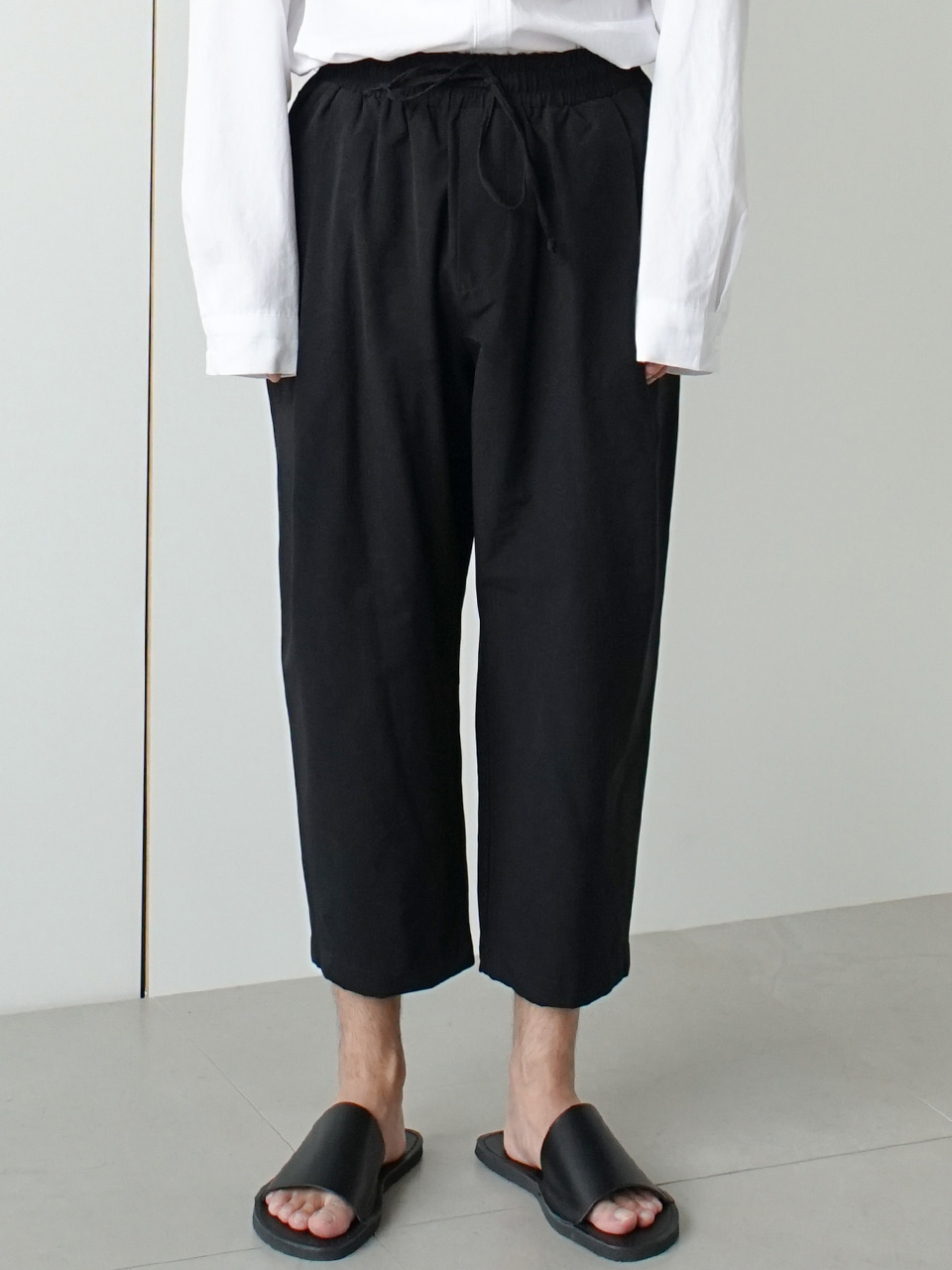 Mimic Pintuck Crop Trousers (2color)