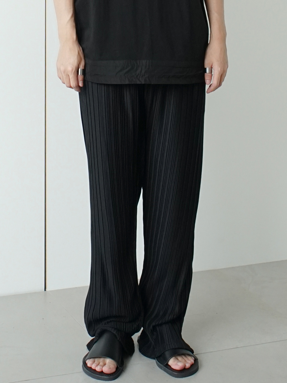 Prest Pleats Wide Pants