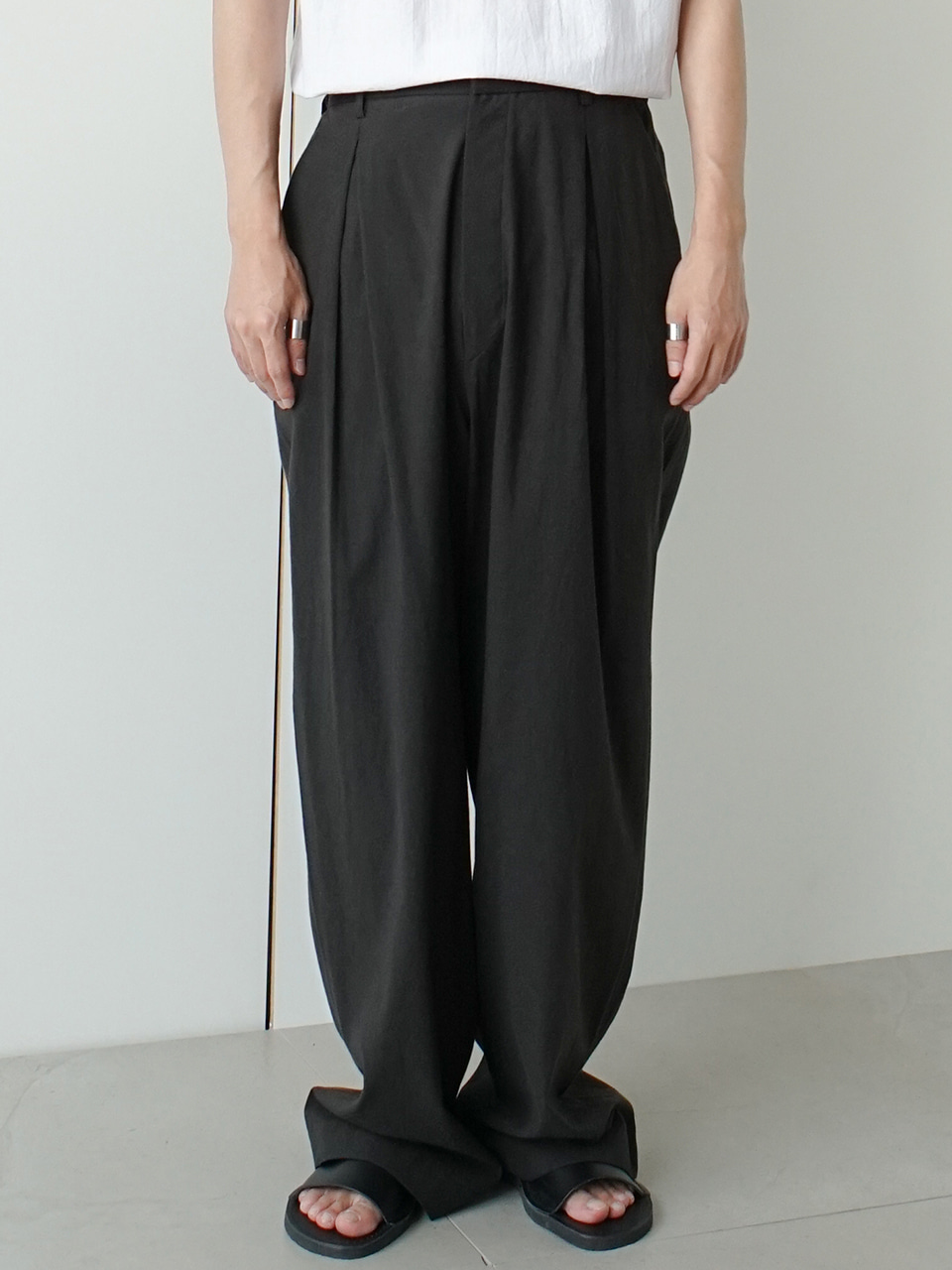 Freed Linen Balloon Trousers (2color)