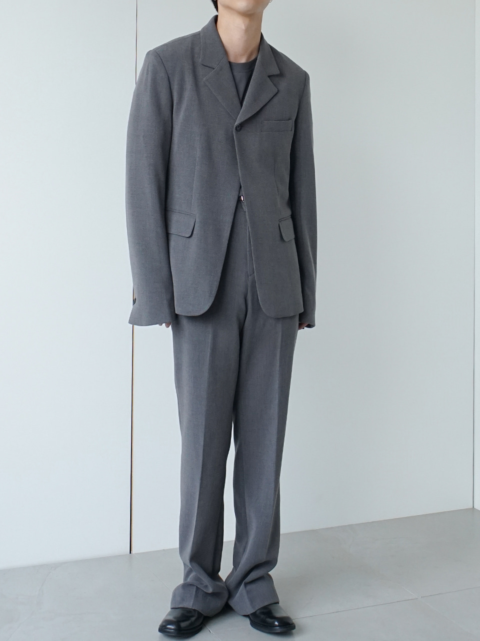 Post Suit Gray