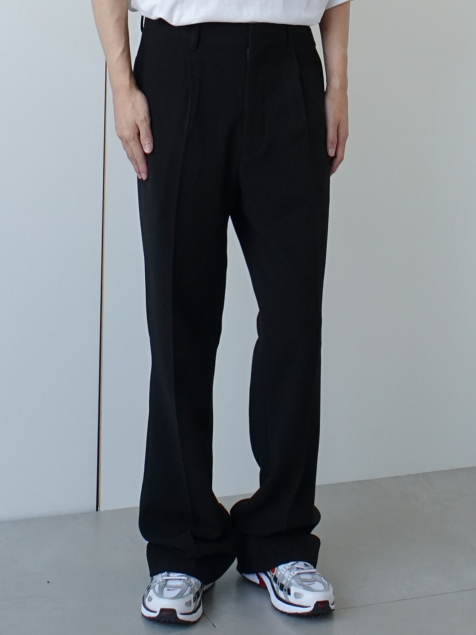 Nelly Pintuck Trousers (2color)