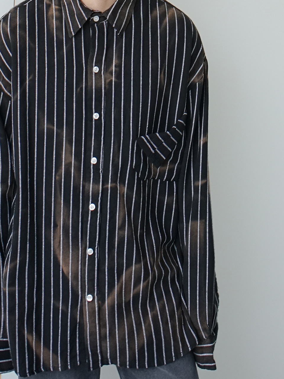 Pin Grunge Washed Shirt (2color)