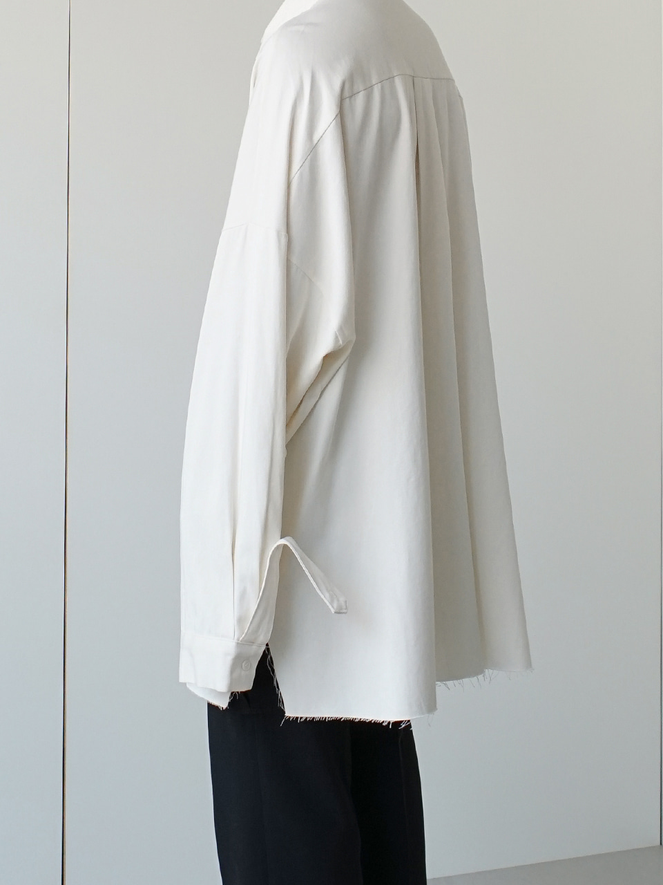 Mago Raw Cut Oversized Shirt (4color)
