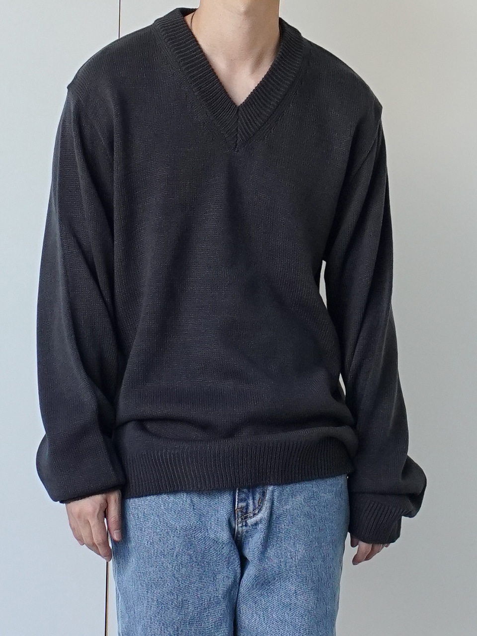 Frank V Neck Knit (4color)