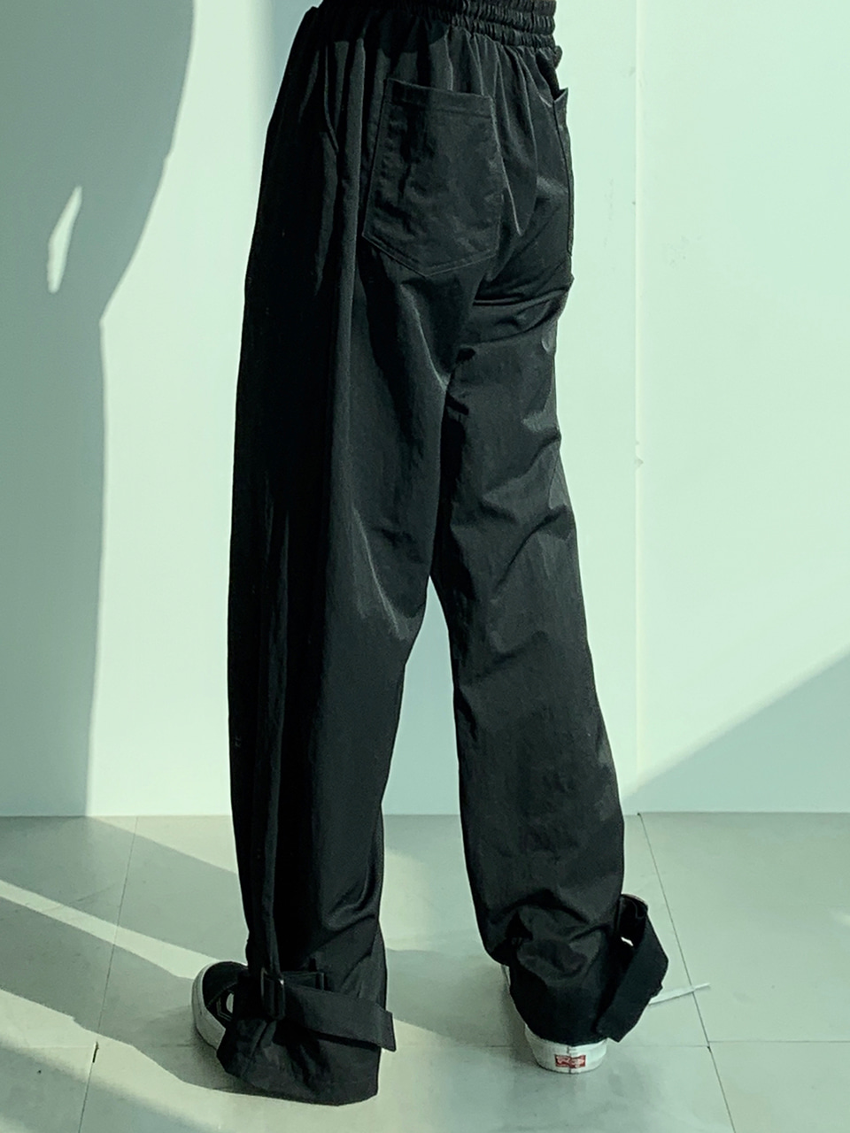 Lost Strapped Track Pants Black