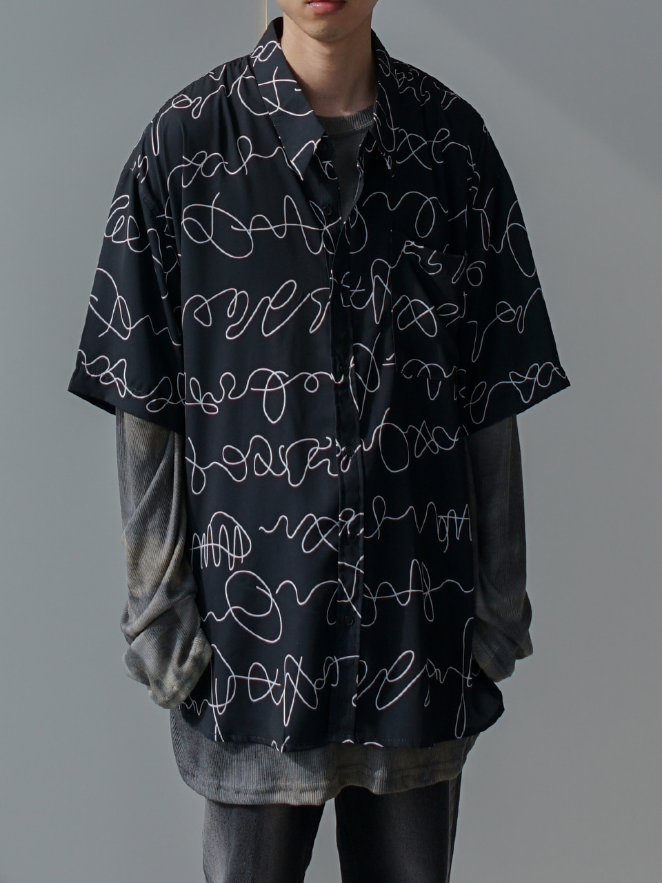 Doodle Oversized Half Shirt (2color)