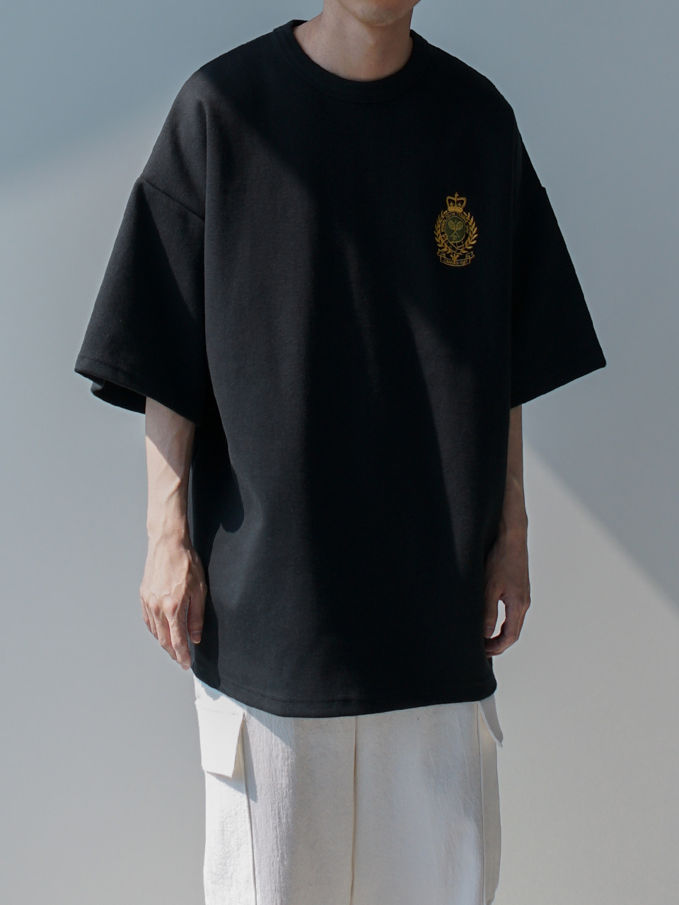 Bay Embroidered Half Tee (3color)