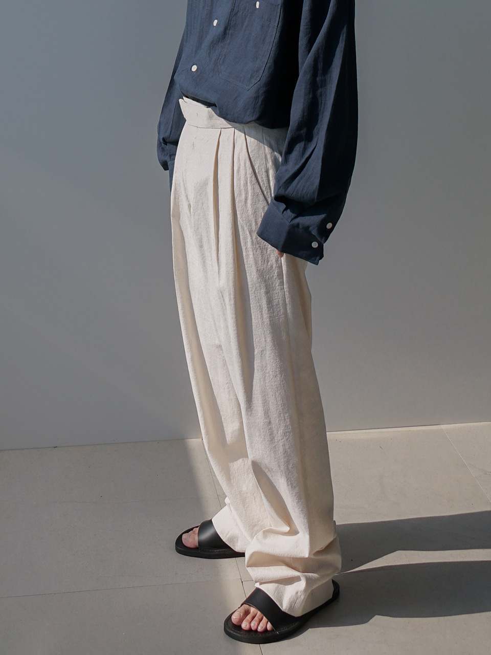 Amp Pintuck Linen Trousers (2color)