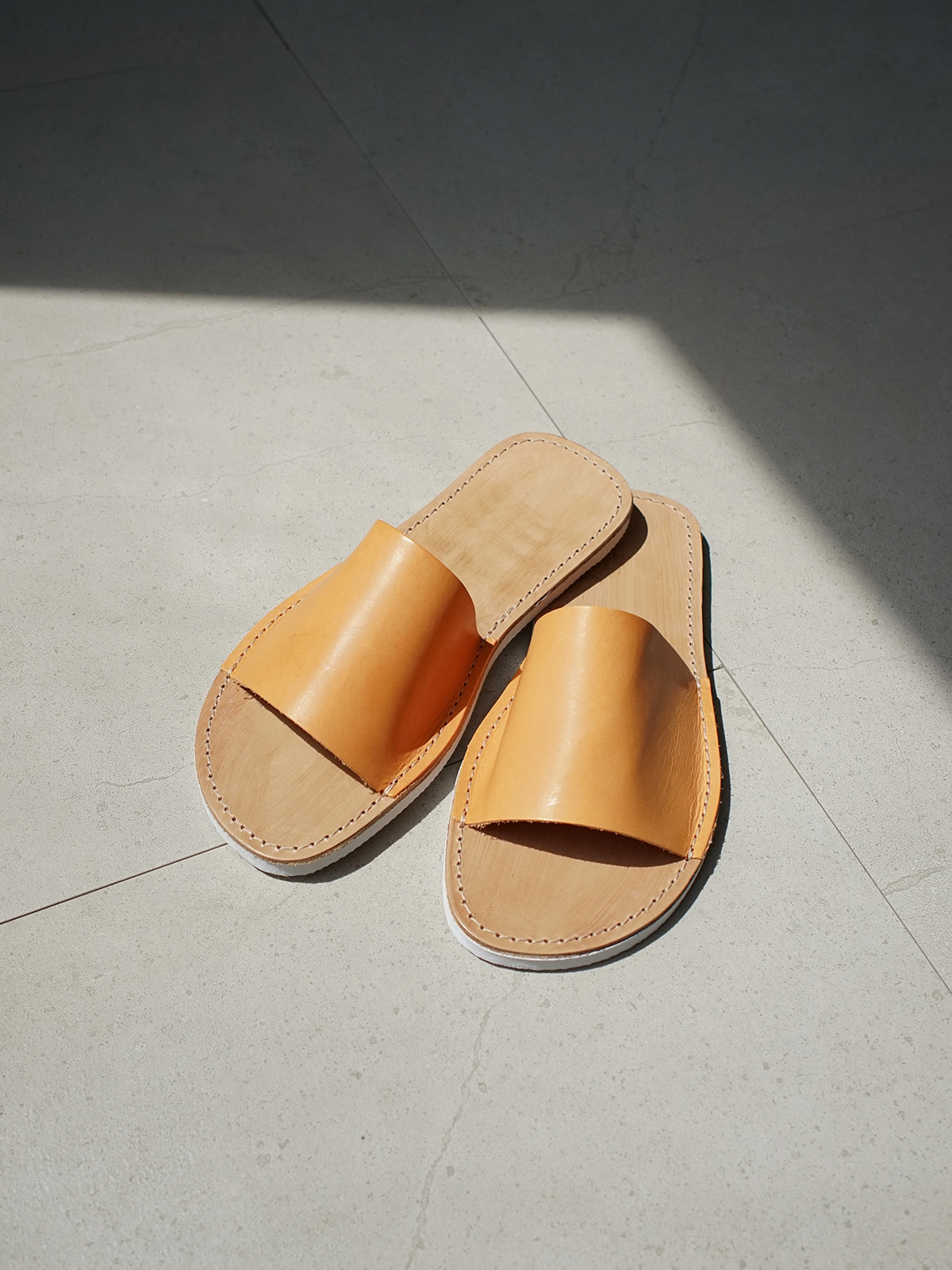 Cover Basic Sandals Tan