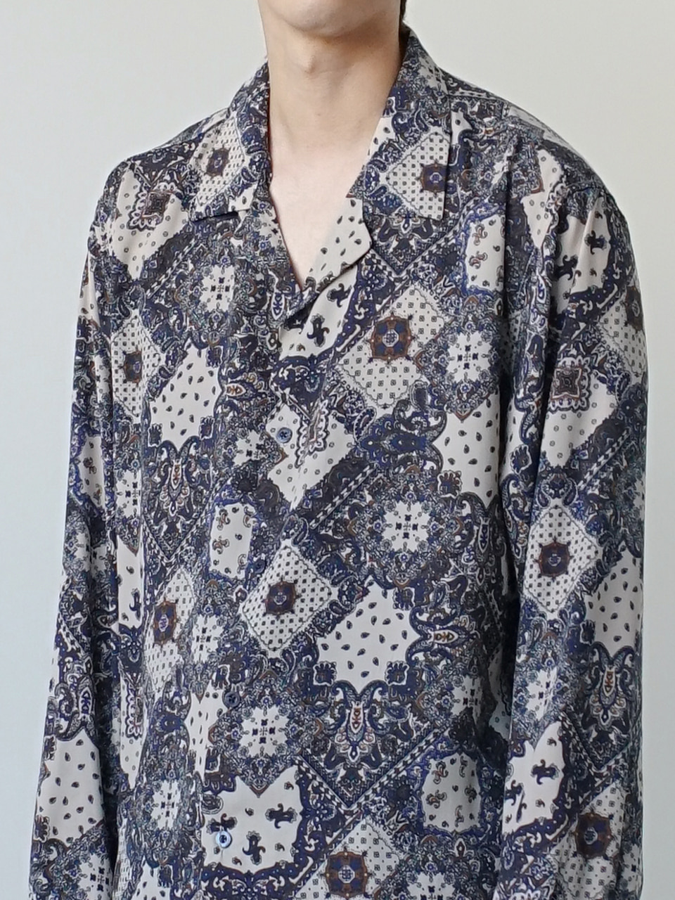Modern Paisley Open Collar Shirt (2color)