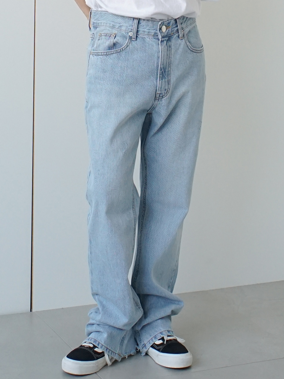 Case Rough Denim Pants