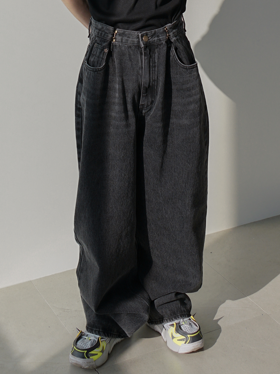 Fred Hooked Wide Jeans (2color)