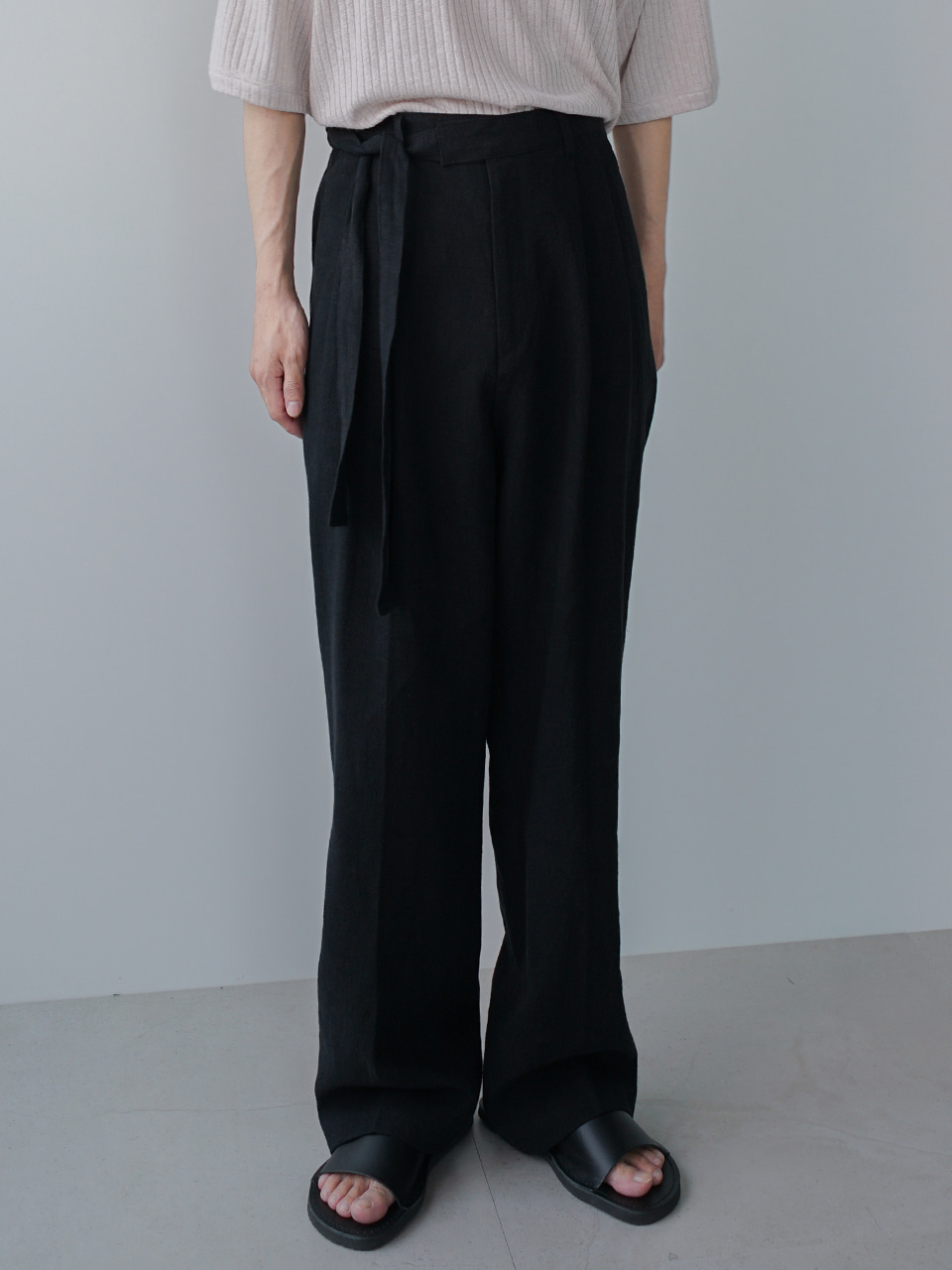 Affair Pintuck Belted Linen Trousers (2color)