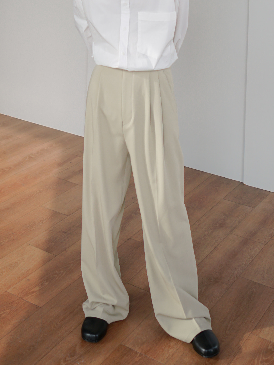 Flake Tuck Trousers (2color)
